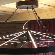 Eraisiku soovi järgi tehtud valgusti, valgustab ka üles 2019